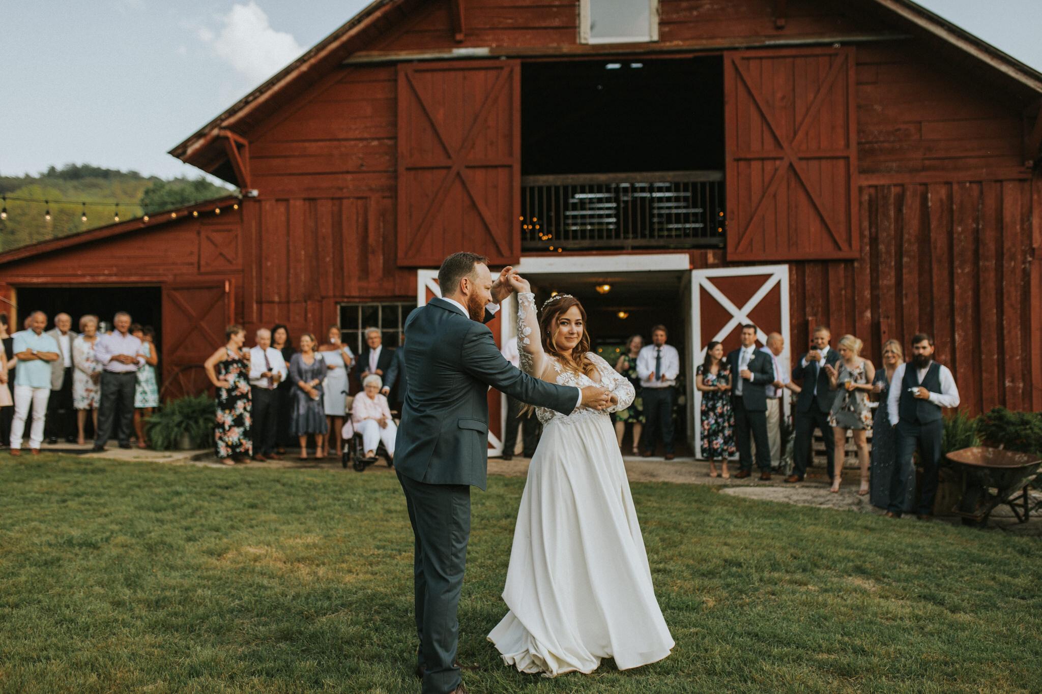 KateMatt-North-Georgia-Wedding-Photographer-Mountain-Laurel-Farm-123.jpg