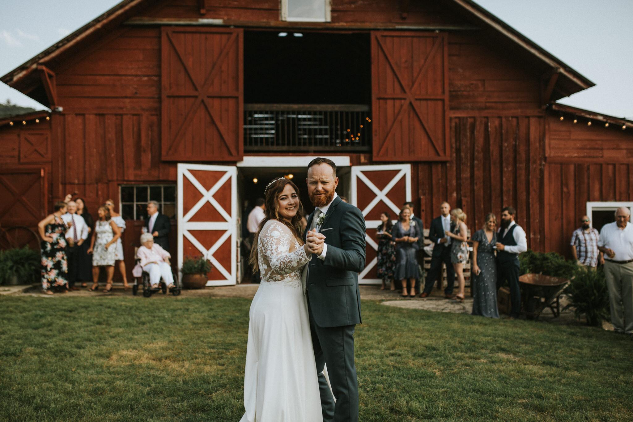 KateMatt-North-Georgia-Wedding-Photographer-Mountain-Laurel-Farm-124.jpg