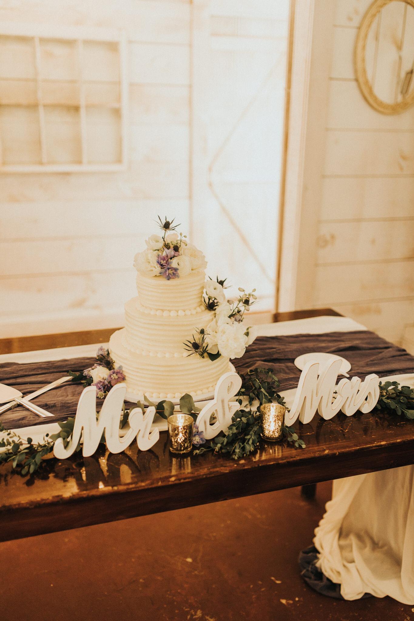 KateMatt-North-Georgia-Wedding-Photographer-Mountain-Laurel-Farm-65.jpg