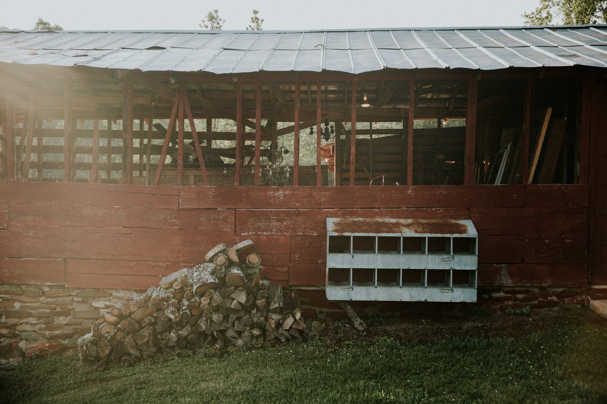 KateMatt-North-Georgia-Wedding-Photographer-Mountain-Laurel-Farm-132.jpg