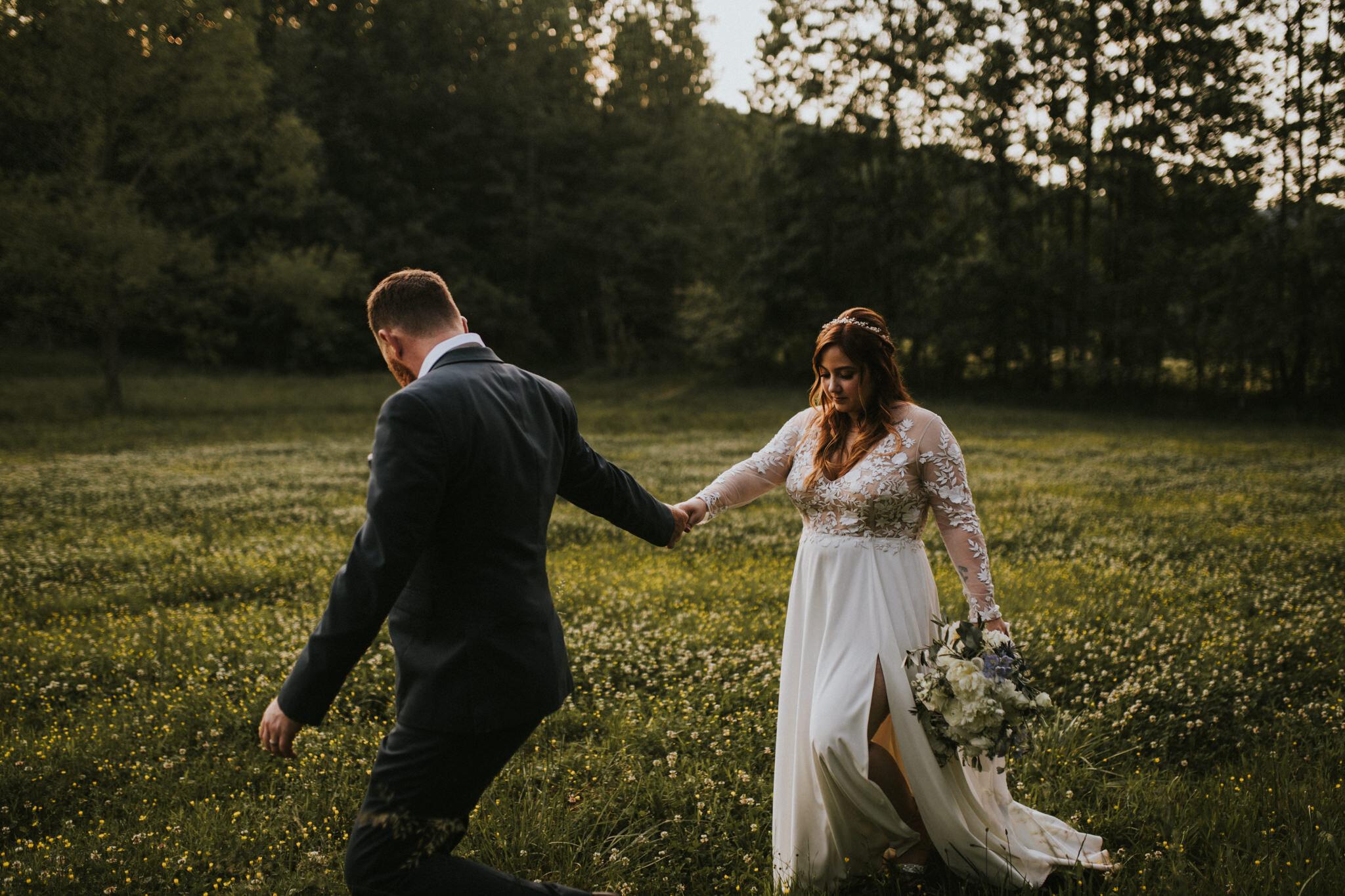 KateMatt-North-Georgia-Wedding-Photographer-Mountain-Laurel-Farm-137.jpg