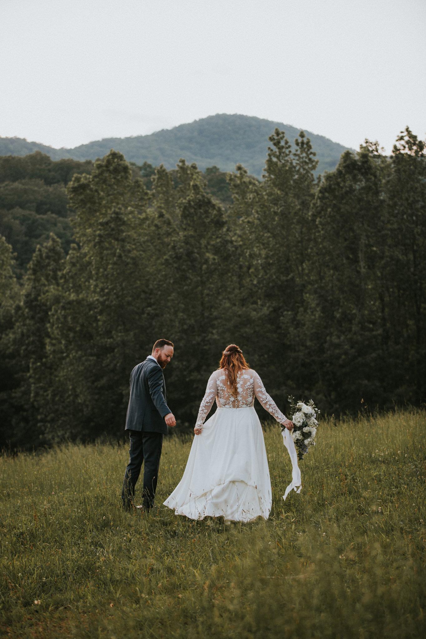 KateMatt-North-Georgia-Wedding-Photographer-Mountain-Laurel-Farm-138.jpg