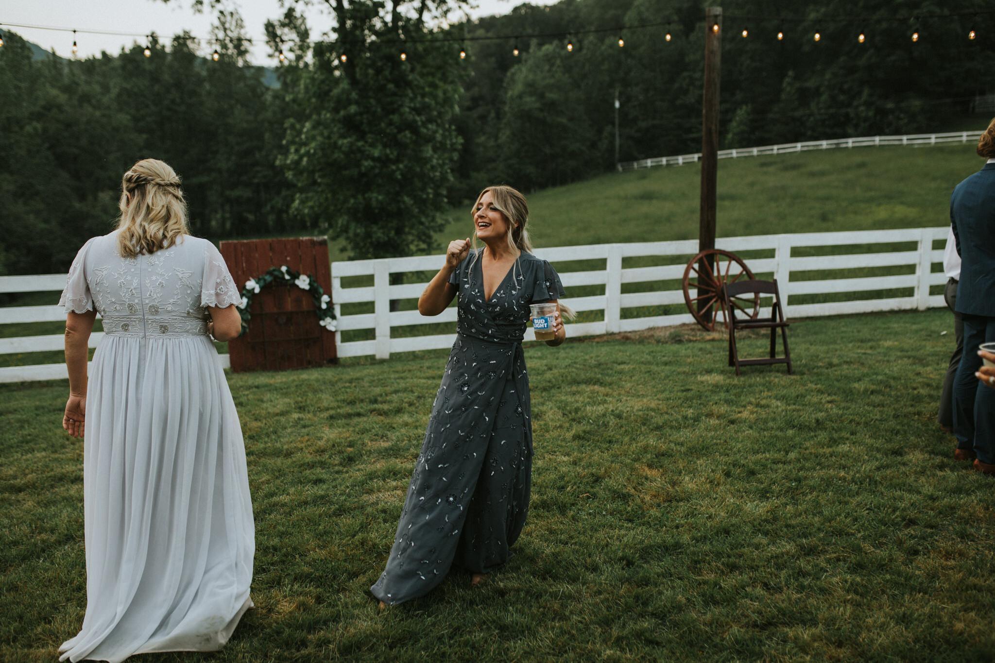 KateMatt-North-Georgia-Wedding-Photographer-Mountain-Laurel-Farm-151.jpg