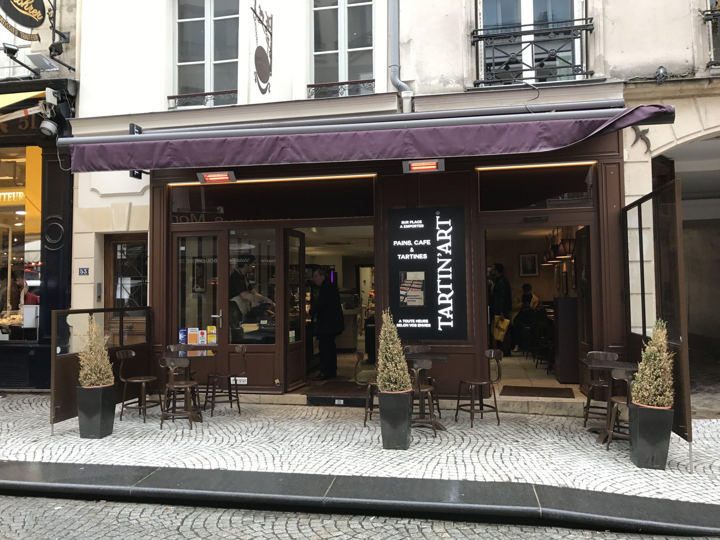This is where we get our baguette de tradition française
