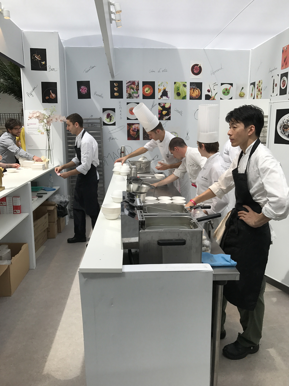 Example of the kitchen setup