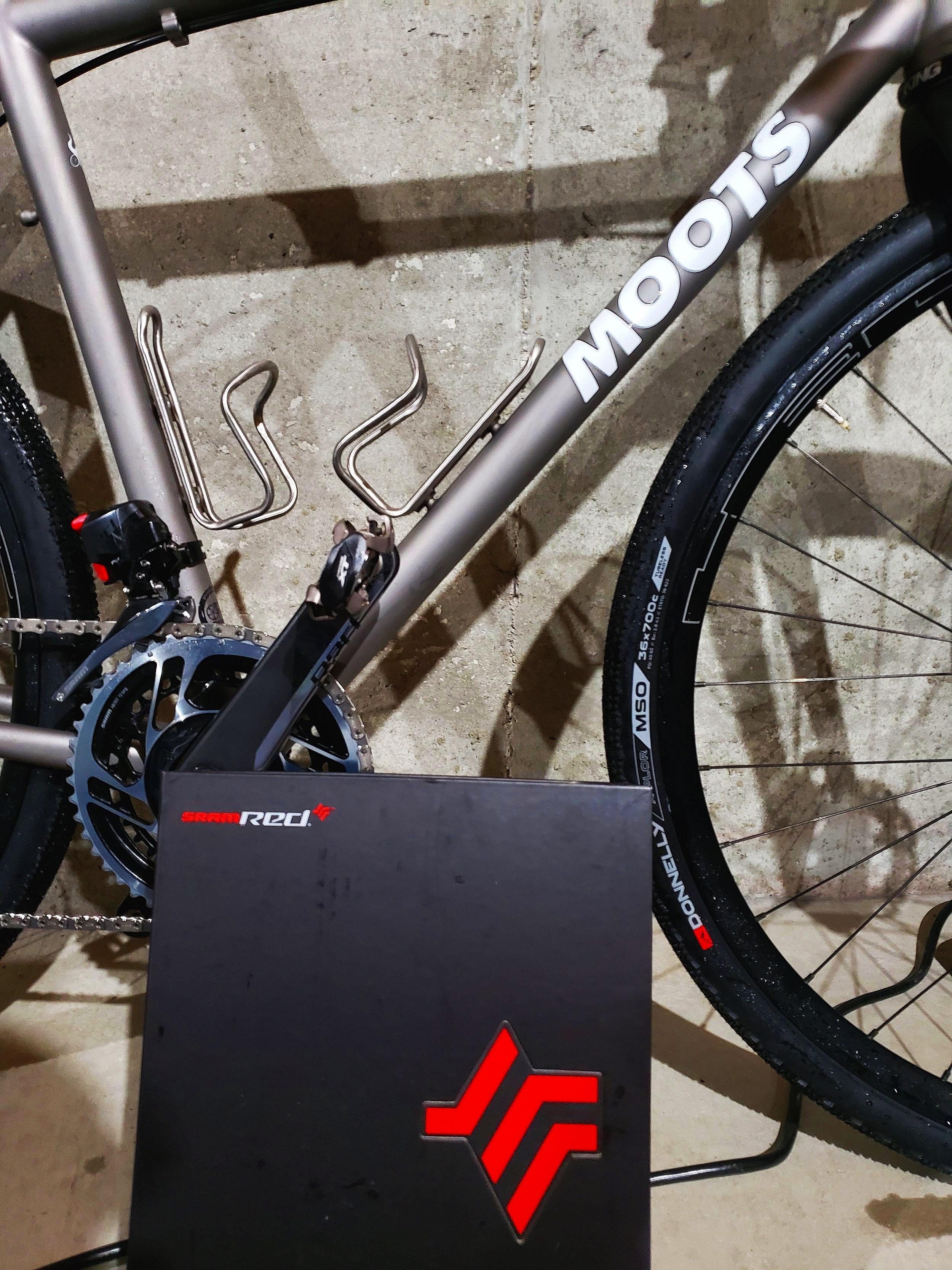Bike+and+AXS+Box.jpg