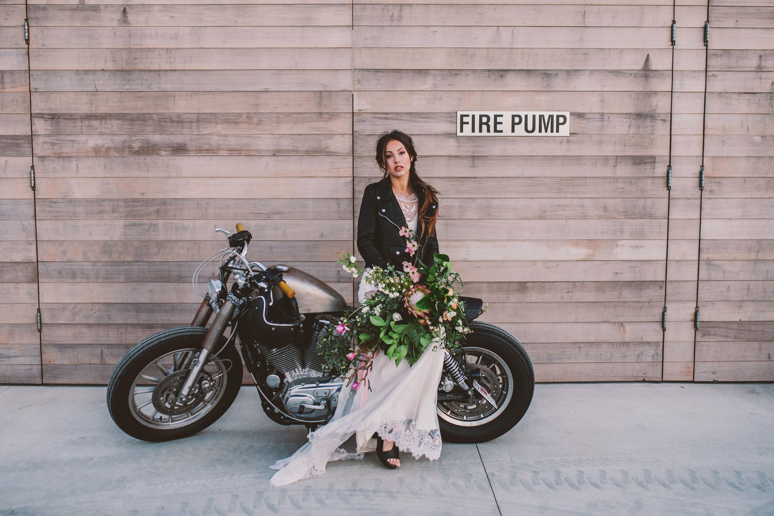 cafe-racer-wedding-158.jpg