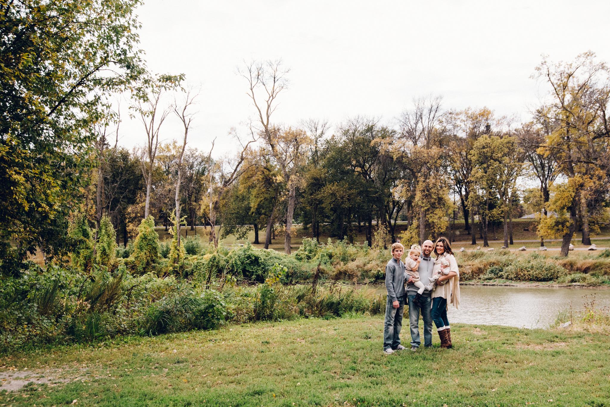 Childrens_Family_Photographer_Fargo_Moorhead-5227.jpg