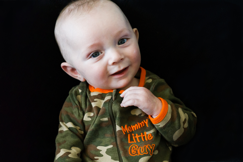 20190403-baby-boy-portrait-daycare-west-fargo-DSC01040.jpg