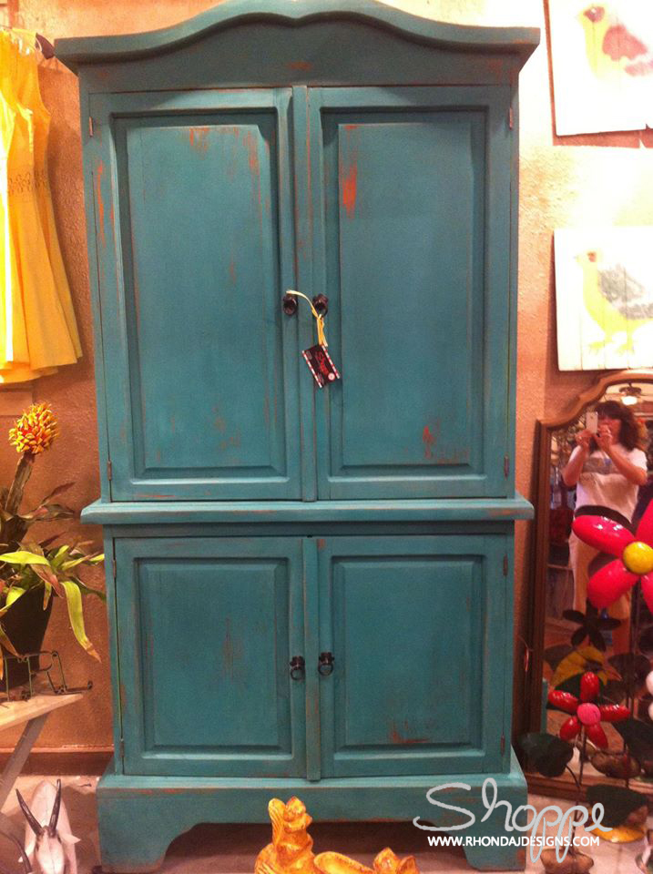 Armoire02_after_Shoppe.jpg