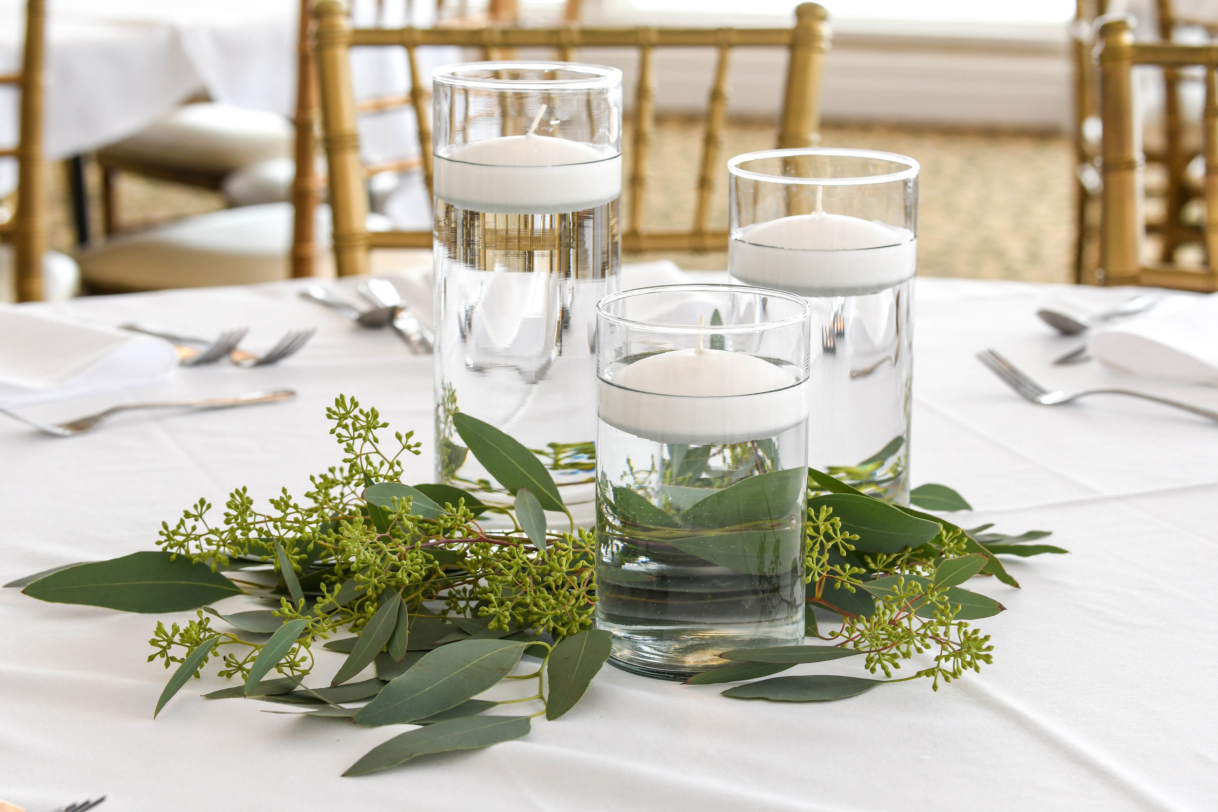 Floating Candles with Foliage