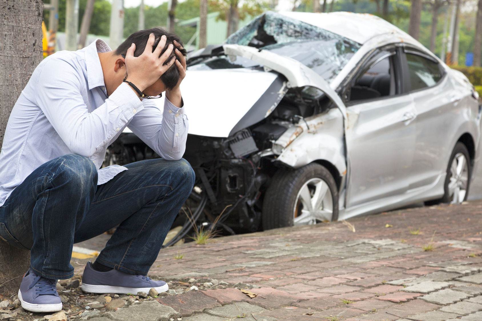 Car accidents can cause lifelong herniations, disc protrusions, annular tears and pain and suffering.