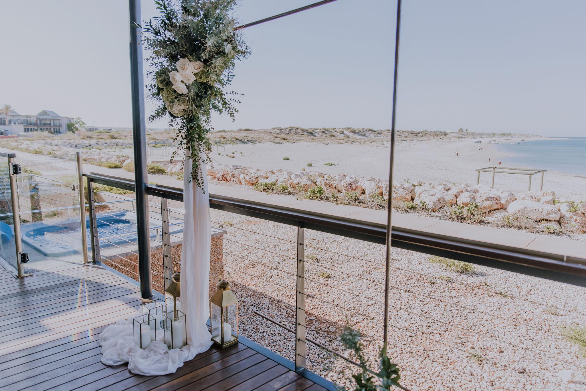 saltandsandeventhire-wedding-stylist-exmouth-ningaloo-wa-R&O-Elopement-Renaeharveyphotograpy-10.jpg