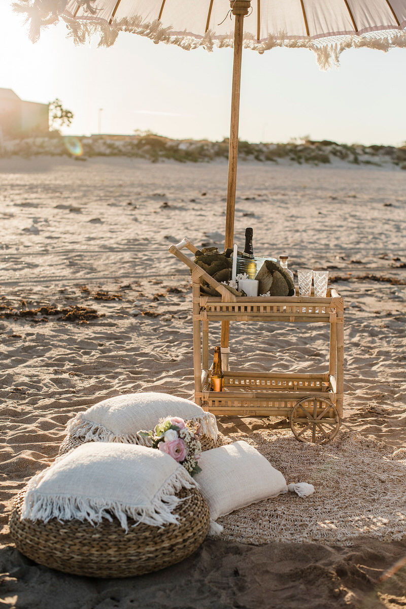 saltandsandeventhire-exmouth-BluemediaweddingsN&J-elope-to-ningaloo-mantarays-resort-28.jpg