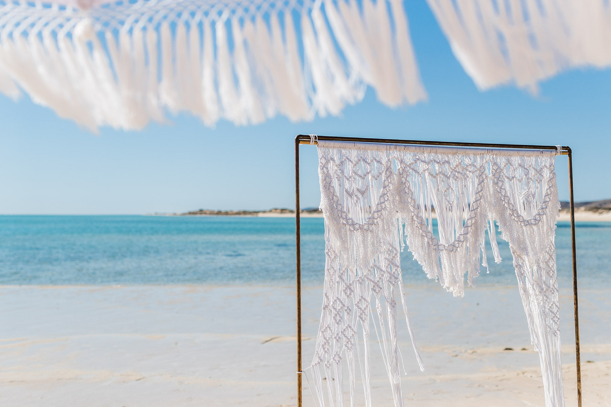 A&B-elope-to-ningaloo-wedding-bluemedia-weddings-89.jpg