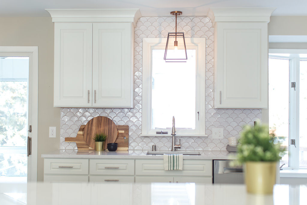 """""""Makeover Your Home on a Budget with These Tips from from Jamie and Morgan Molitor from Construction2Style"""""""