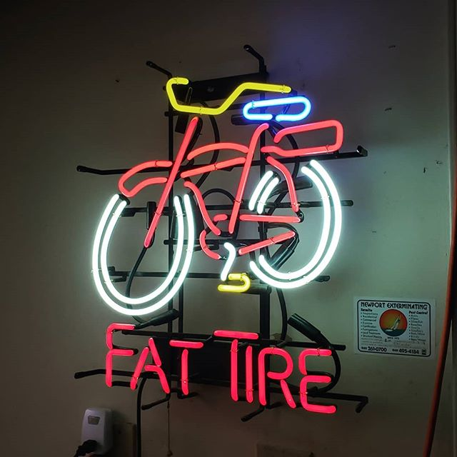 🚲 An illuminating new addition to the shop. We love red bicycles! Now it just needs a #smartbasket 🚲
