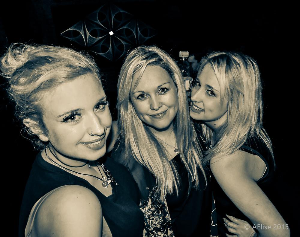 Rish Main's 3 gorgeous daughters   Picture: AElisePhotographyUK