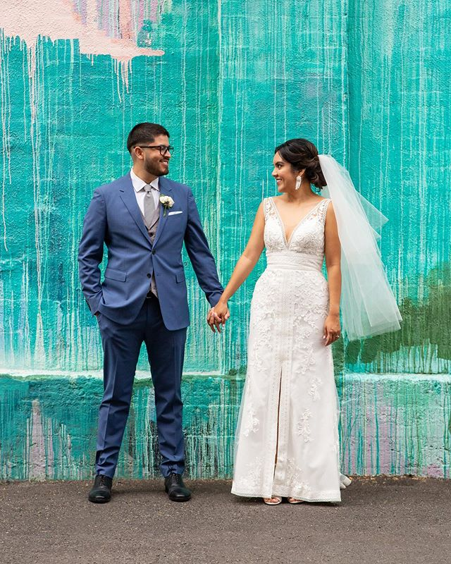 Here's a quick sneak peek of Elizabeth & Paul's beaaaaaaautiful wedding last weekend in the arts district in DTLA! Between these two smiling from ear to ear from just *looking* at each other, and all the gorgeous Mexican pottery (!!!) / reception - I died of happiness seeing these two reflect on the love that they have for each other, their families, and their cultural roots.  Seeing that kind of love from couples is what makes me love being a wedding photographer. ❤️