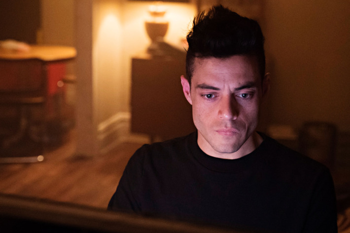 Can Elliot Undo The Five/Nine Hack On 'Mr. Robot'? Trenton's Last Act May Have Enabled Him To Fix The Past