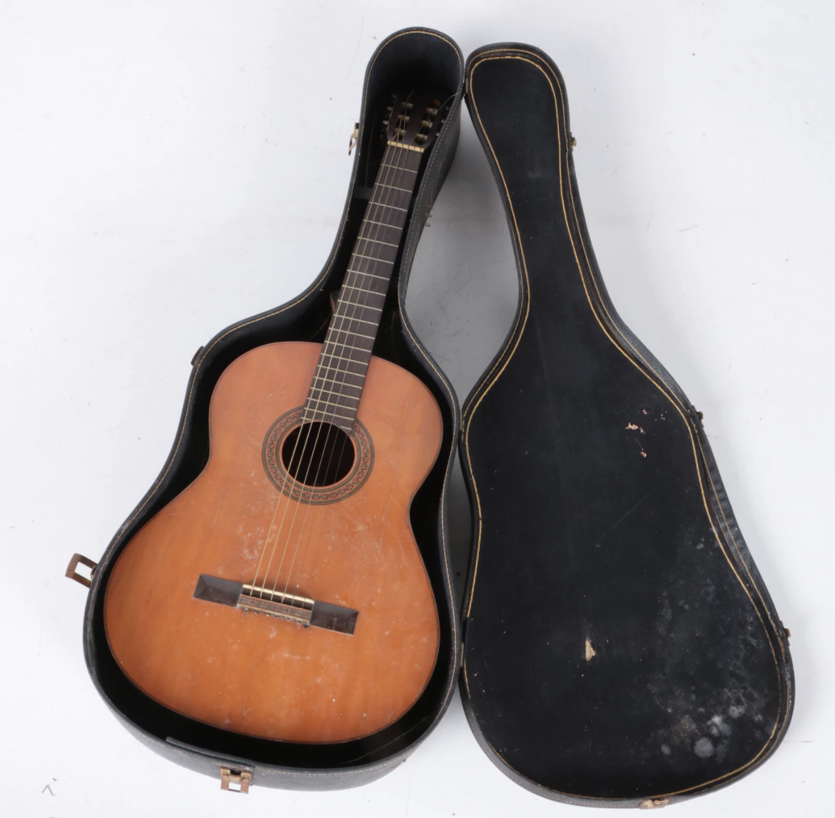 Vintage Yamaha G-85A Acoustic Guitar. Current Bid Price $42.