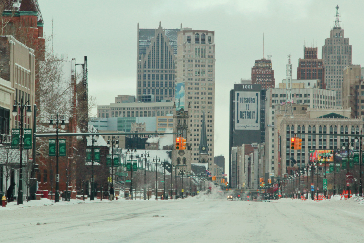 Detroit in the winter. Photo via  pointfocussnap  on Tumblr