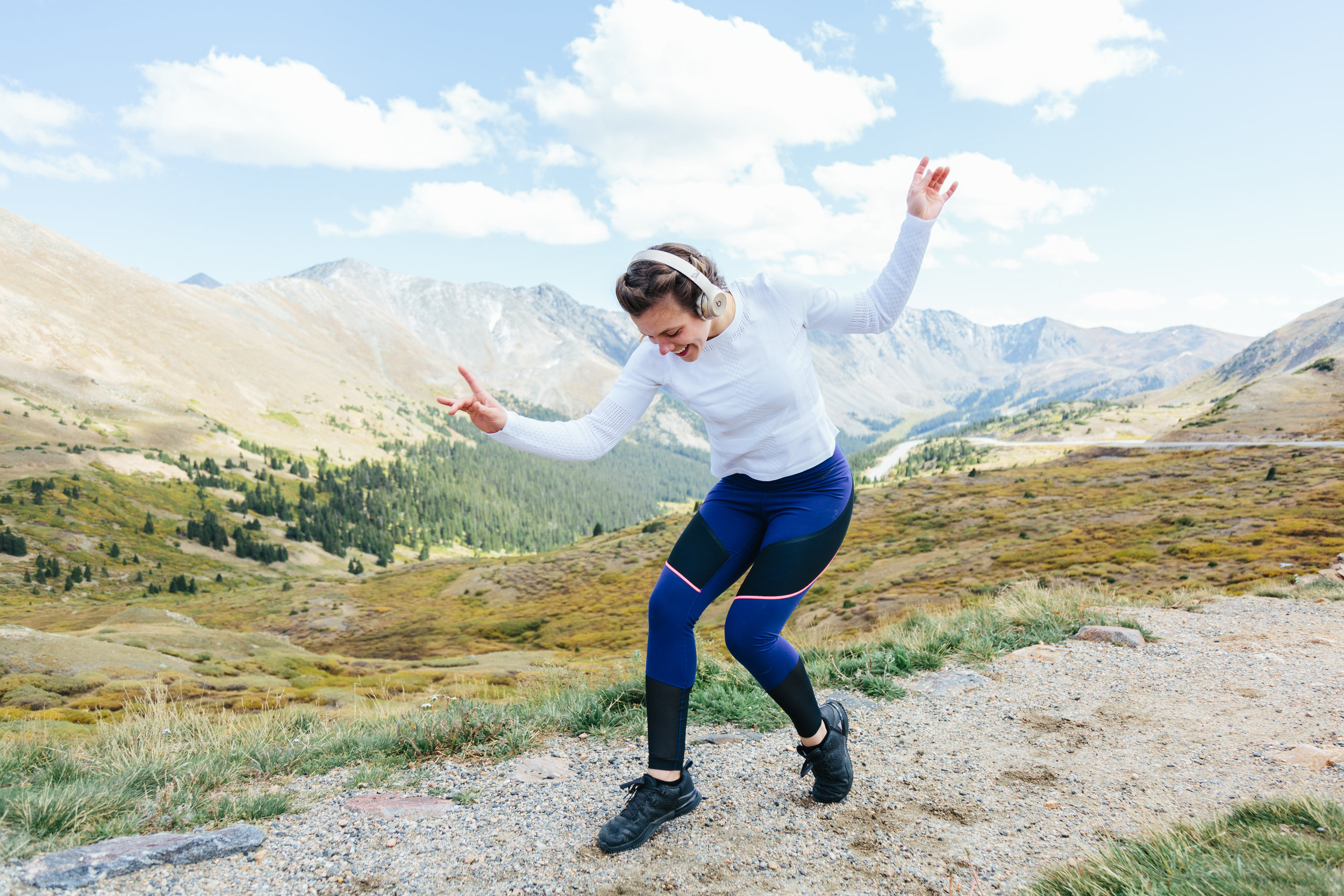 RL Shoot - Loveland Pass dancing .JPG