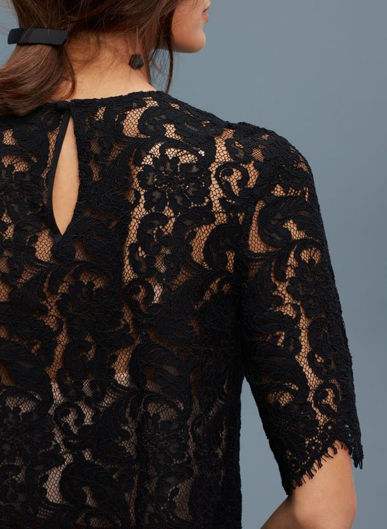 black-lace-blouse-weekly-edit
