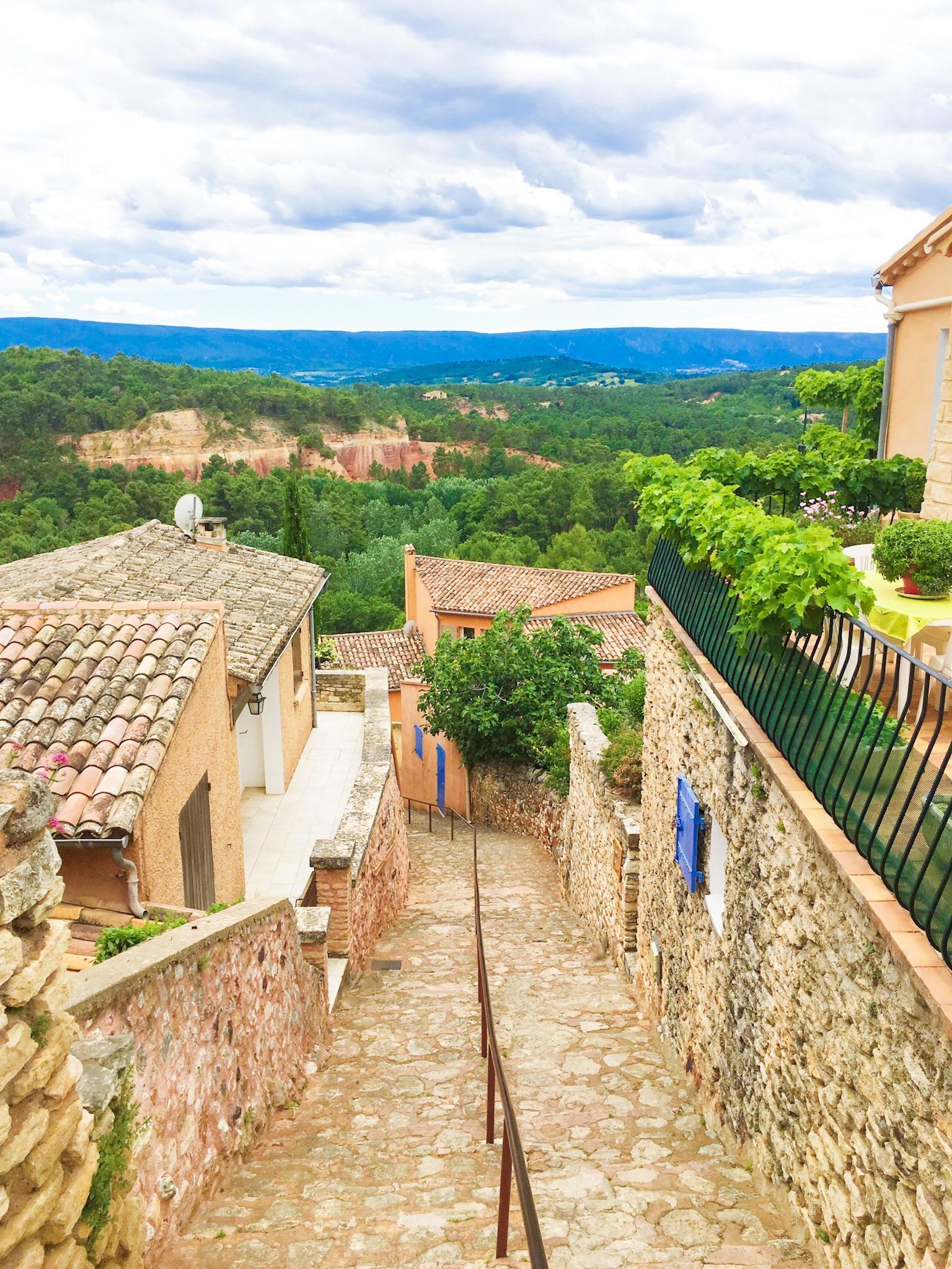 Roussillon, France | #mfrancisdesigntravels
