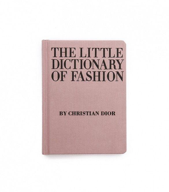 af6cc987fd1d3ea7e7717ad7084a0f6e--fashion-books-dior-fashion.jpg
