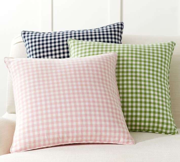 piped-gingham-pillow-cover-o.jpg