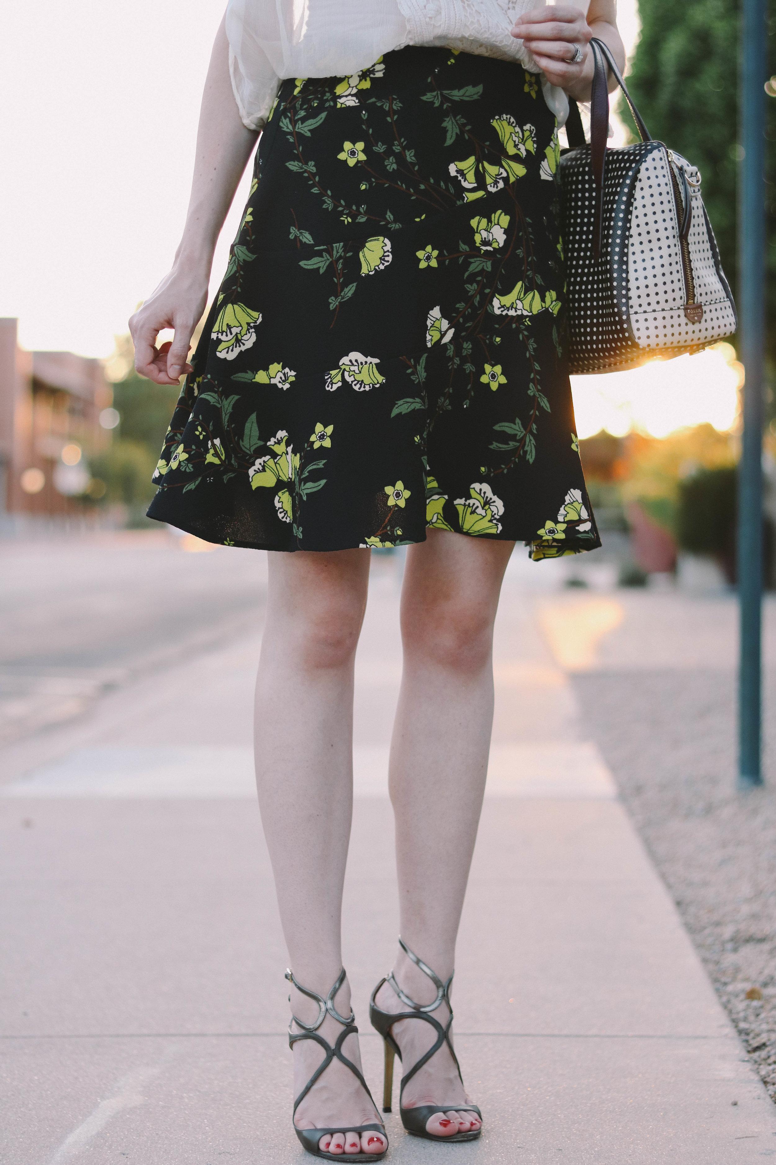 bb-fall-floral-skirt-005 (1 of 1).jpg