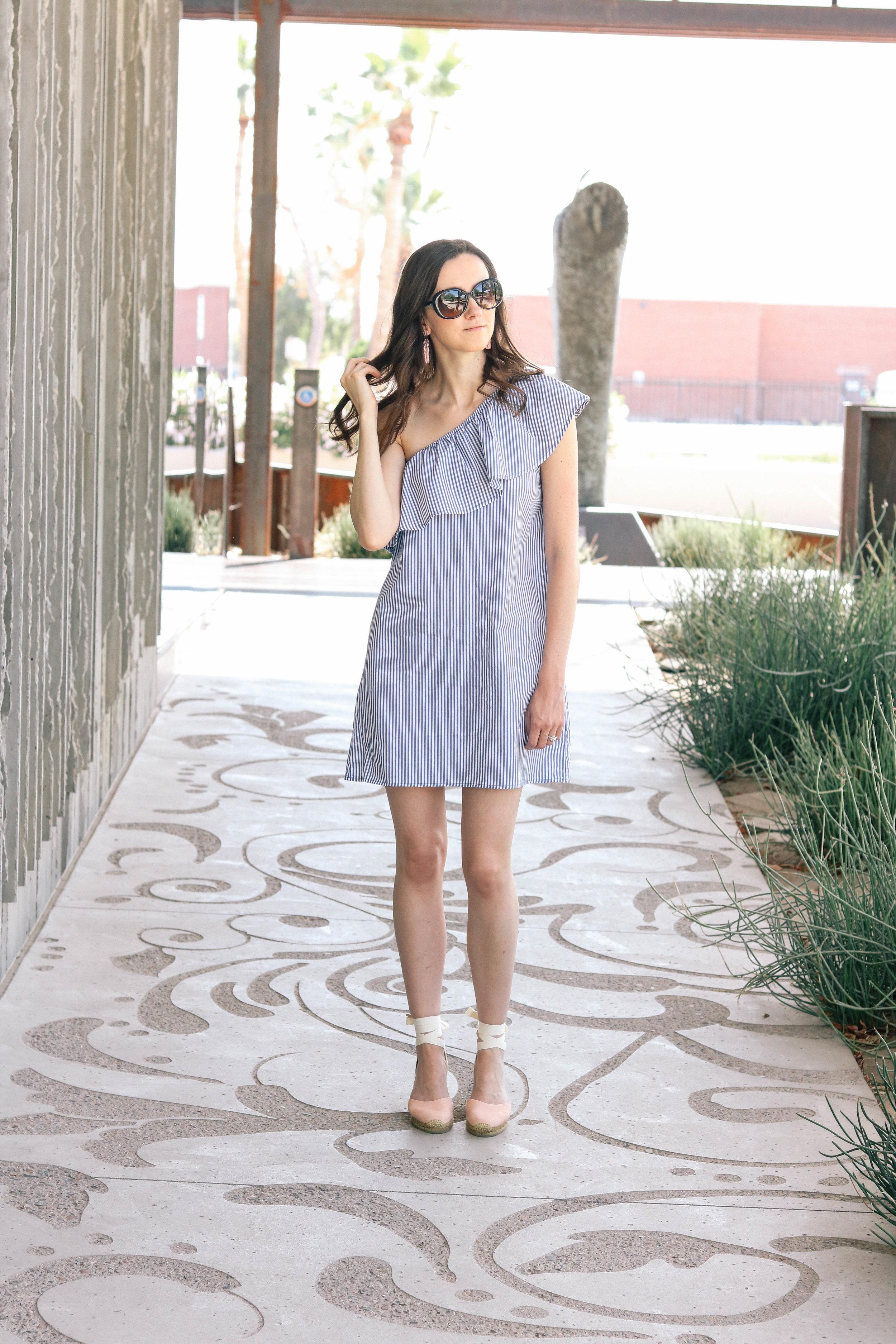 bb-ruffle-dress-001 (1 of 1).jpg