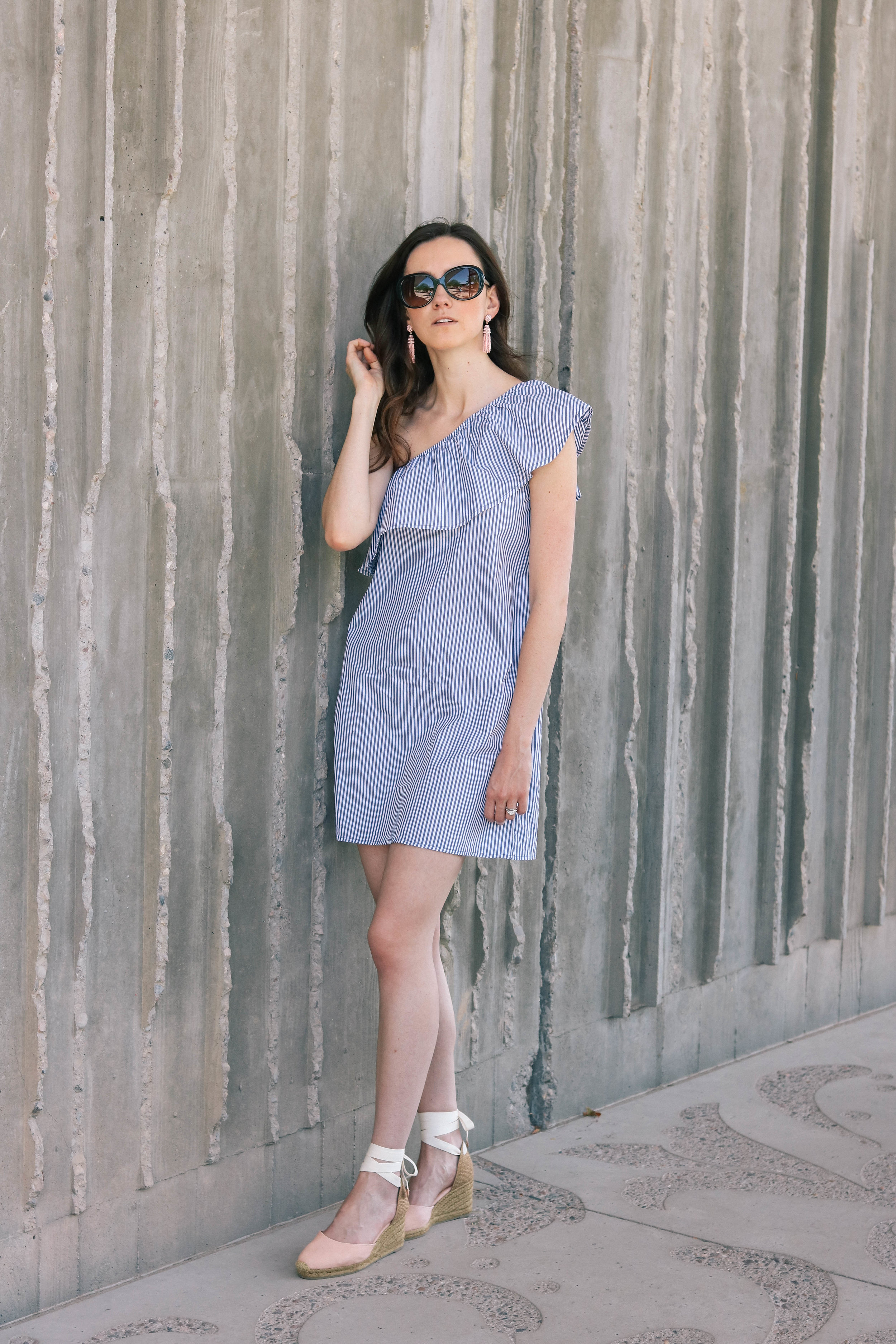 bb-ruffle-dress-005 (1 of 1).jpg