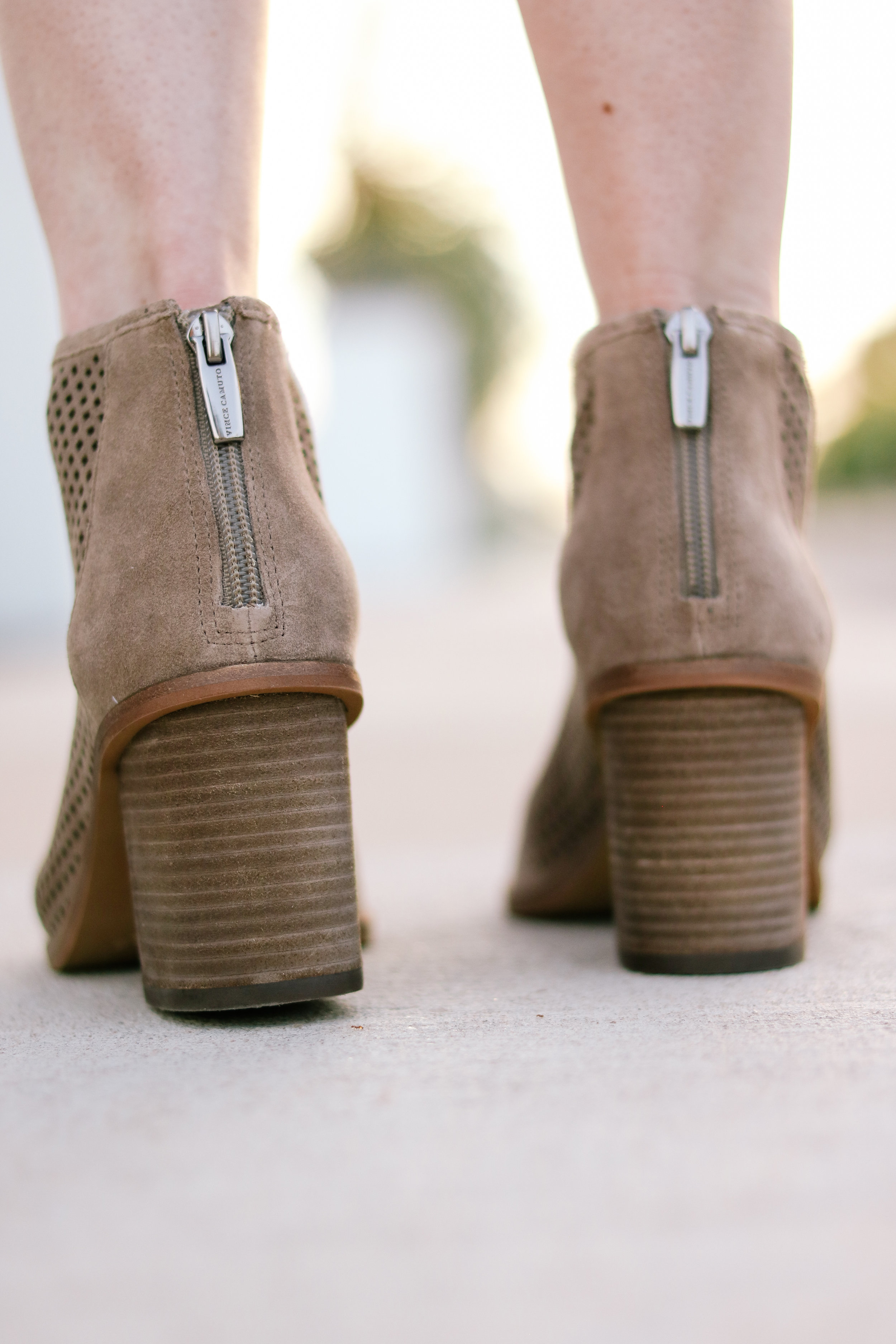 bb-nsale-boots-002.jpg