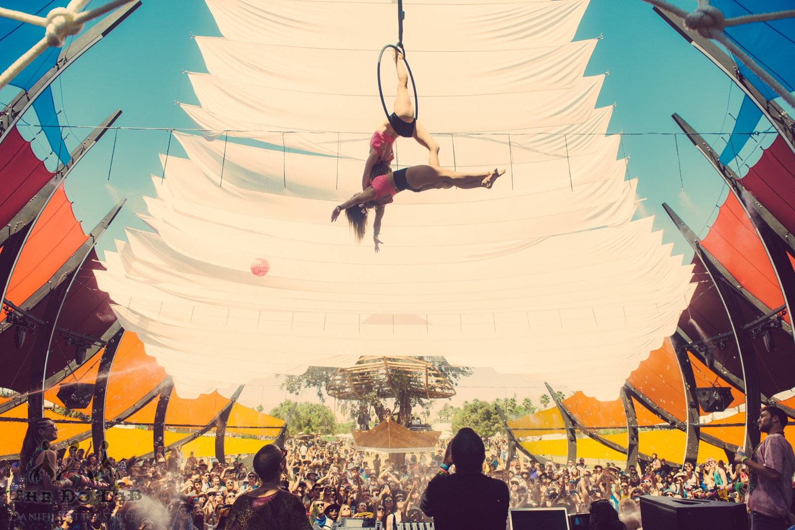 """Big Fish"" The DoLaB at Coachella 2015"