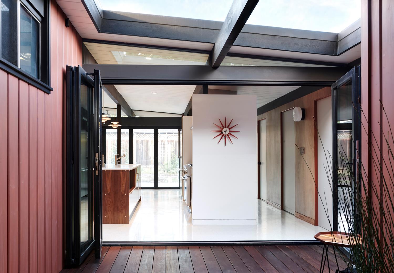 Eichler Atrium New Nanawall.jpg