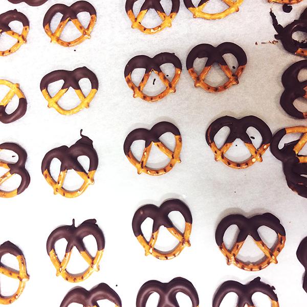 choc_pretzel.jpg