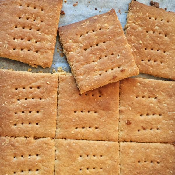 cherry_cakes_graham_cracker.jpg