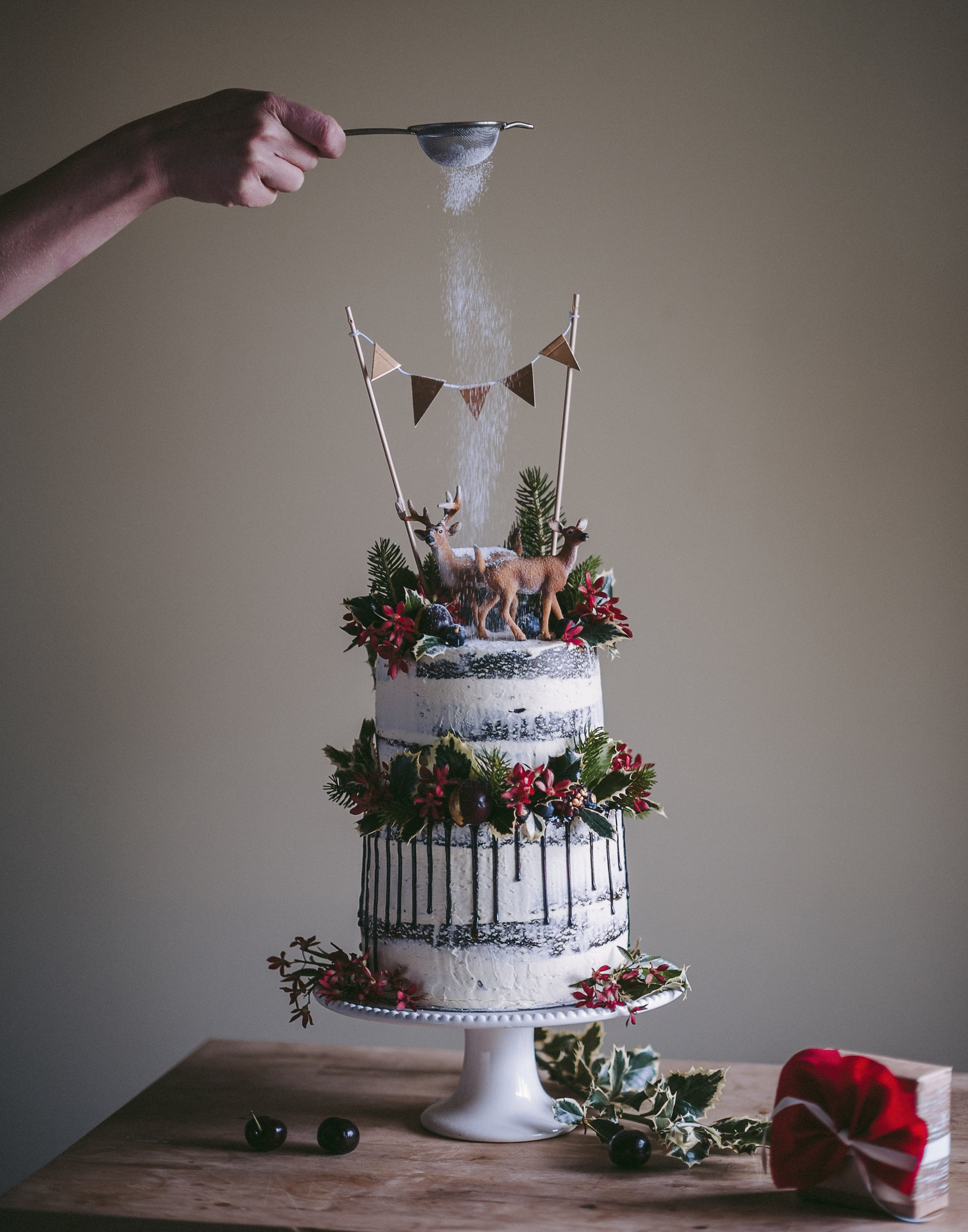 cherry-cakes-xmas-009 (1).jpg