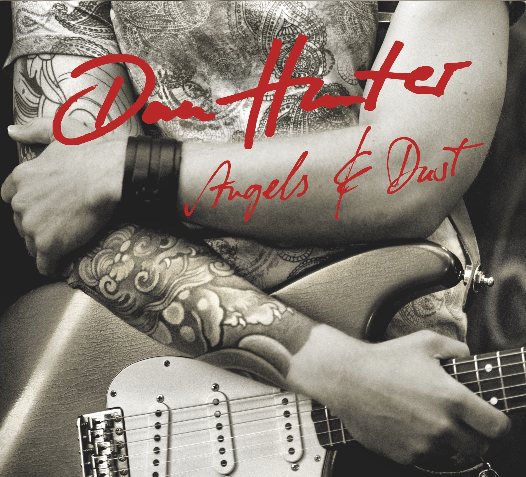 "Album Cover of Dan Hunter ""Angels And Dust"""