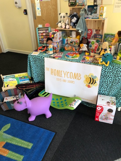 POP-UP SHOPSaturday 3rd August - 10am - 3pmHoneycomb Toys and Books