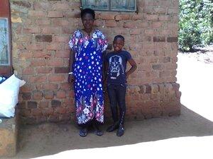 Esikaka and his mother.jpg
