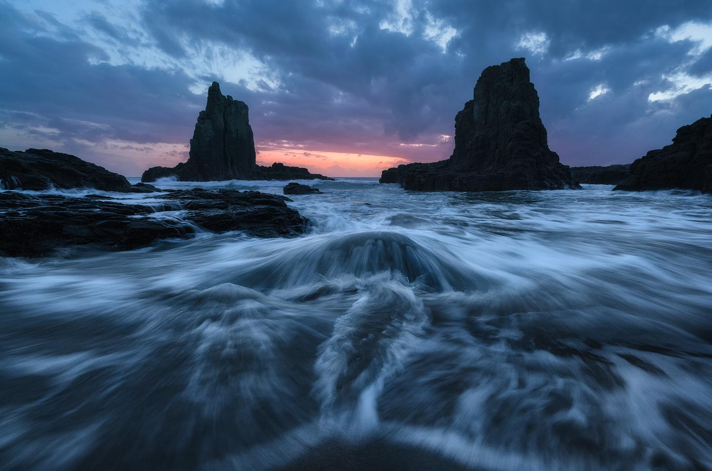 Cathedral-Rocks-Sunrise-Kiama.jpg