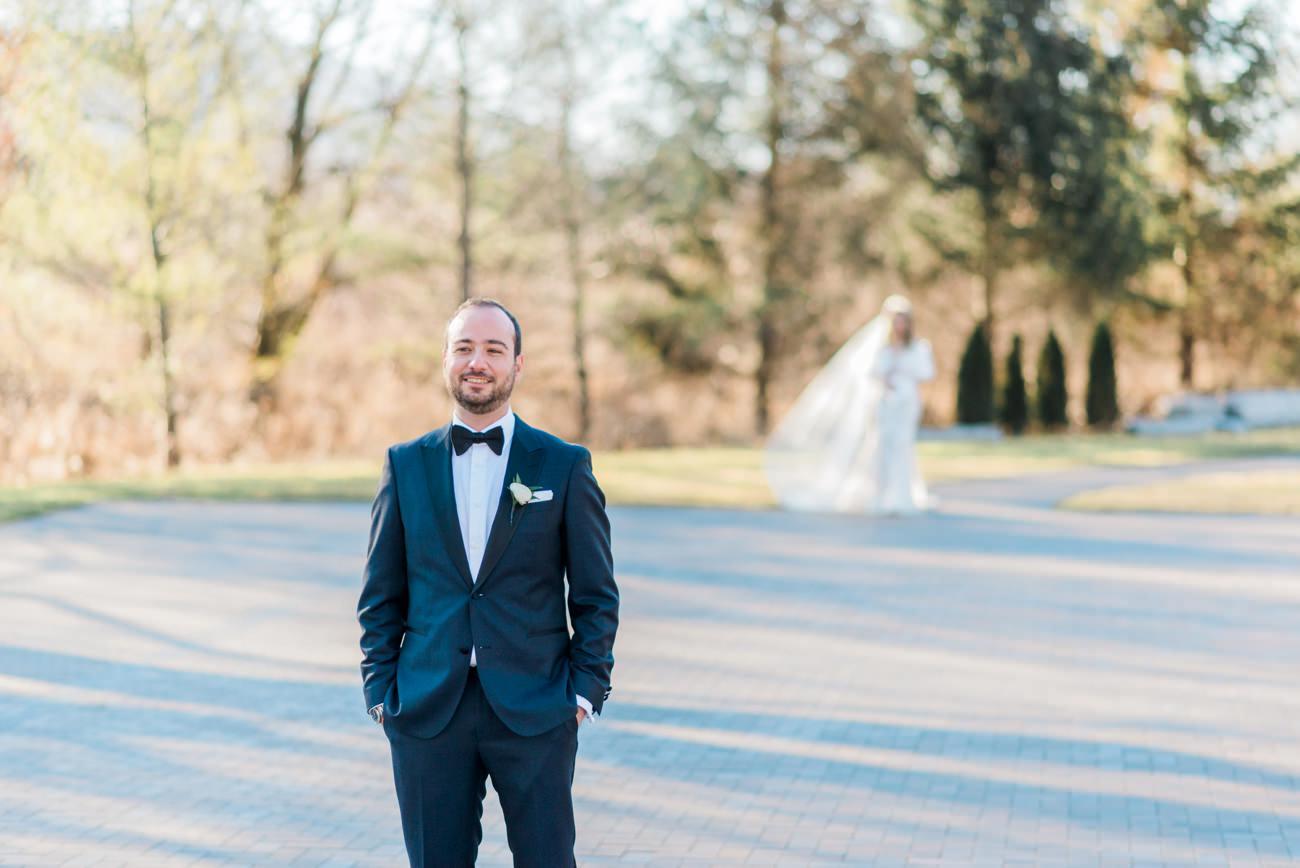 arlington-estate-winter-wedding-first-look-10.jpg