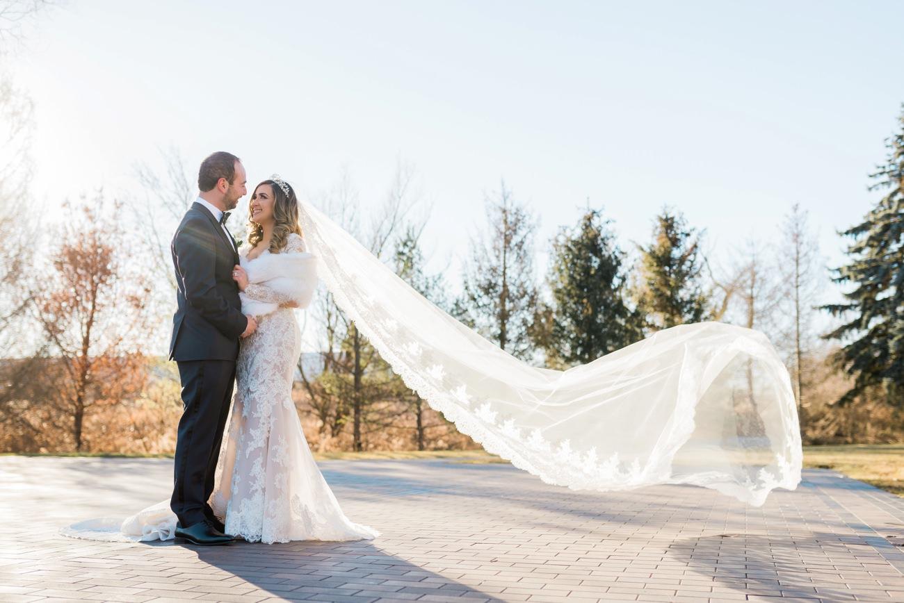arlington-estate-winter-wedding-first-look-13.jpg