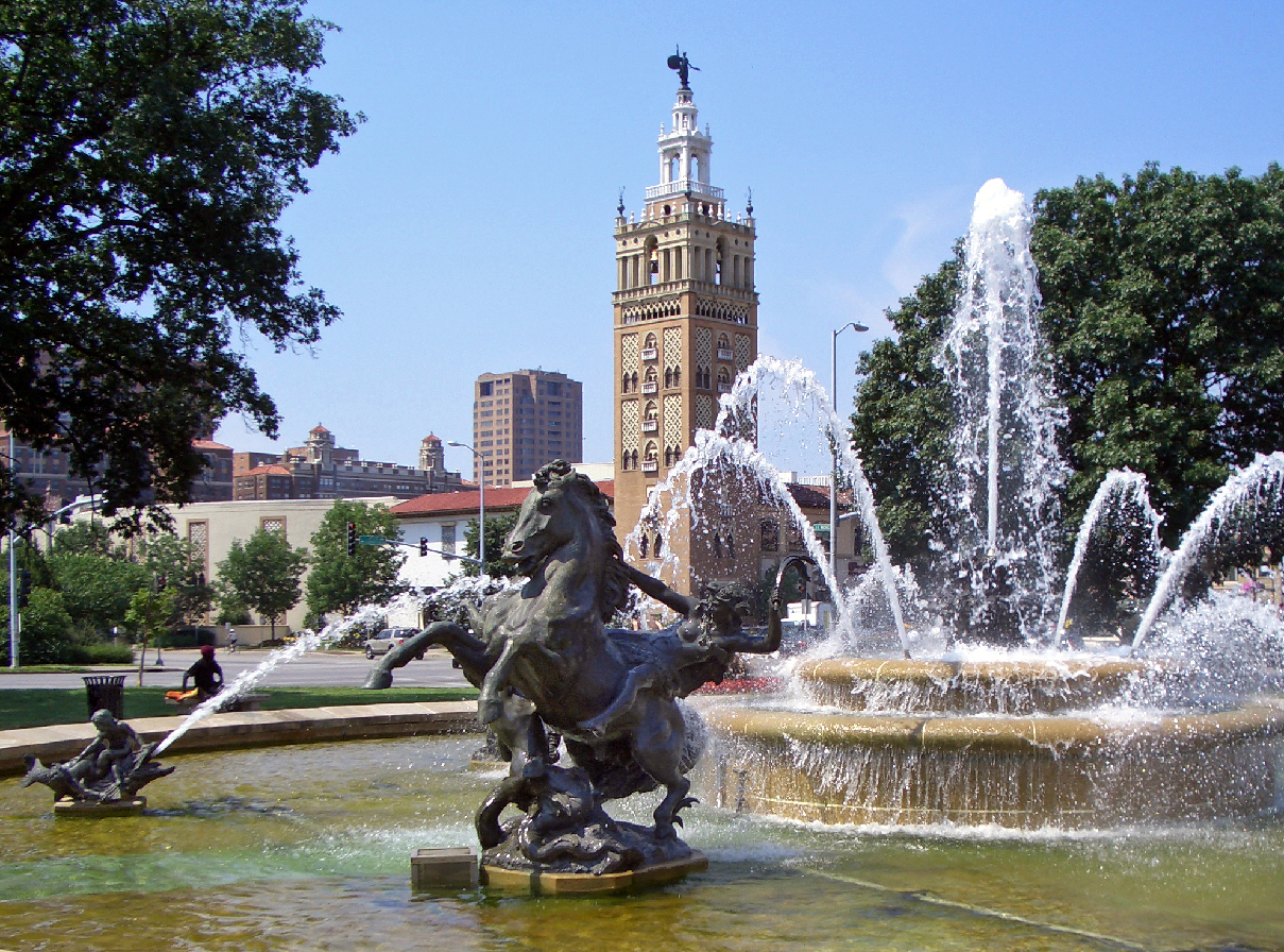 JC_Nichols_Fountain_by_Henri-Léon_Gréber_Kansas_City.jpg