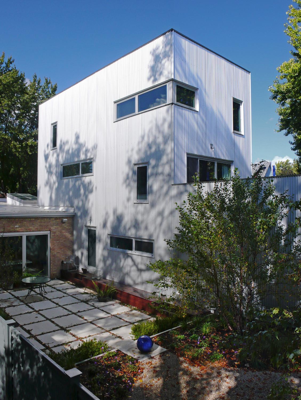 Jordano Backyard_house 1.jpg