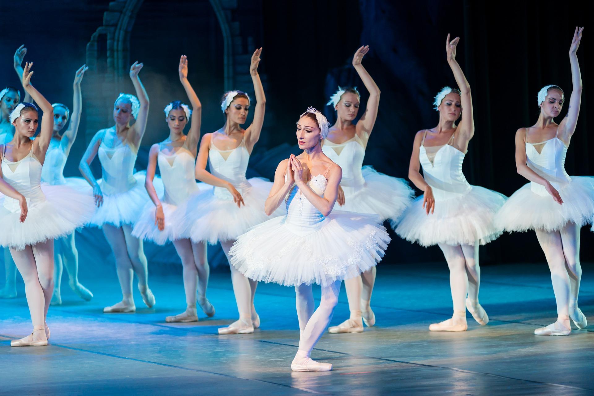 ballet-2124650_1920.jpg