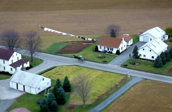 Vincent Laforet Amish Horse-Drawn Buggy I Lancaster, PA, 2008